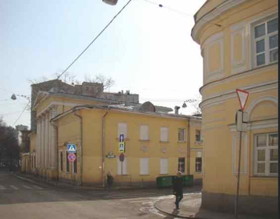 Дом Головиных. Потаповский переулок и Сверчков переулок