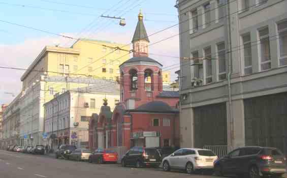 Старинный Лубянский проезд. Церковь