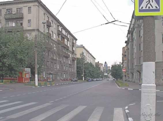 Москва. Улица Мытная в сторону старинной Даниловской площади