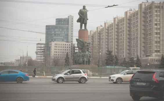 Москва. Улица Коровий вал 1