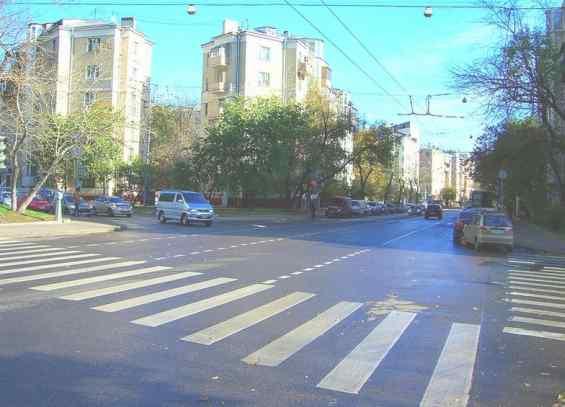 Перекрёсток Шмитовского проезда и улицы Сергея Макеева