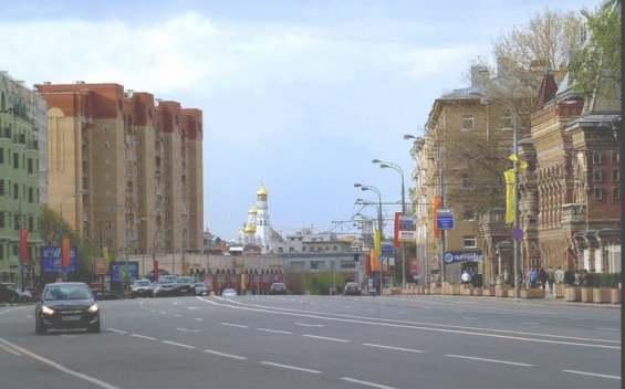 Старинная улица Большая Якиманка