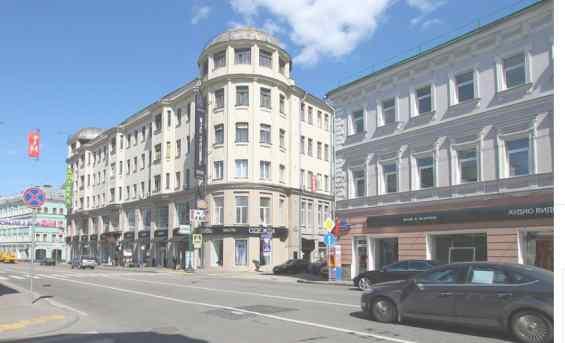 Улица Сретенка 26 и 1 Доходный дом, построенный в 1913 году в архитектурном стиле модерн