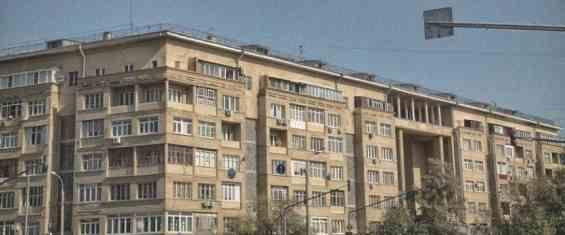 Старинный конструктивисткий жилой дом на Симоновском Валу